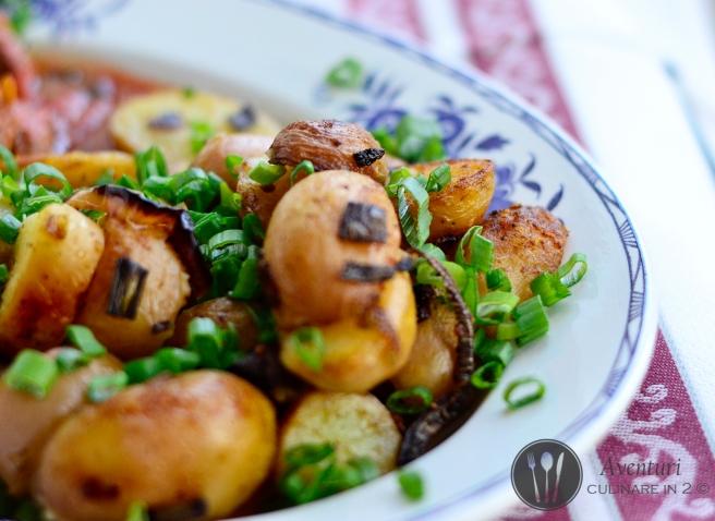 Cartofi noi crocanti cu crusta aurie